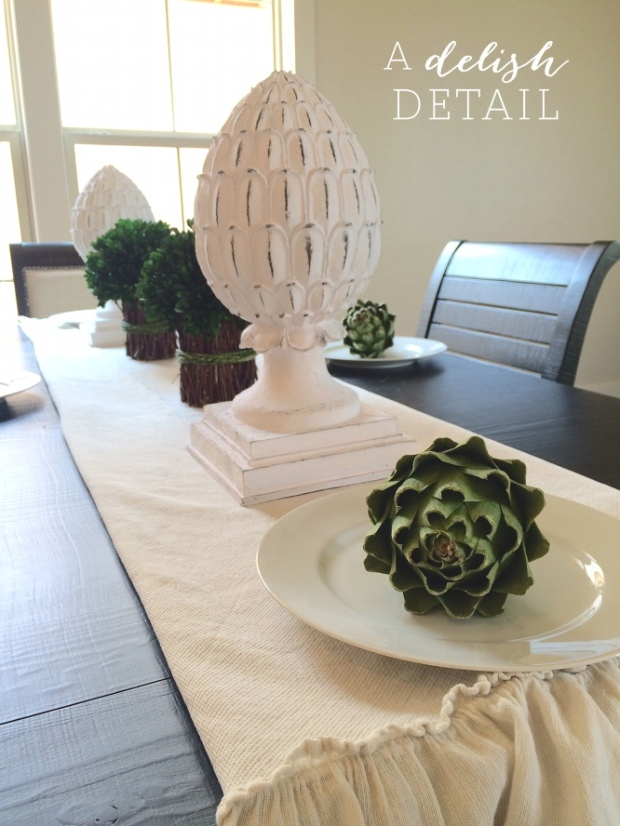 Get creative while staging a dining table... Edible options are a fun alternative.  *Added bonus: they get tossed away when we're done... instead up having to be wrapped up like their breakable friends (plates).