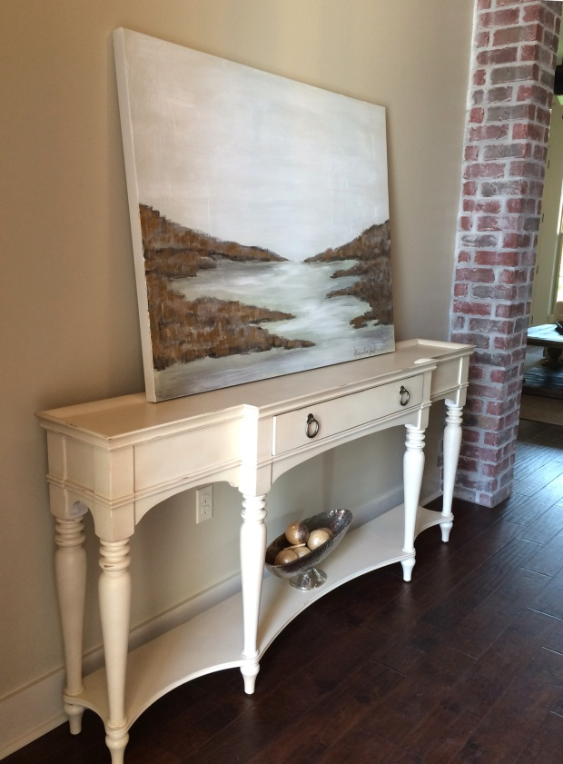 STAGING TO SELL: A Fine Foyer