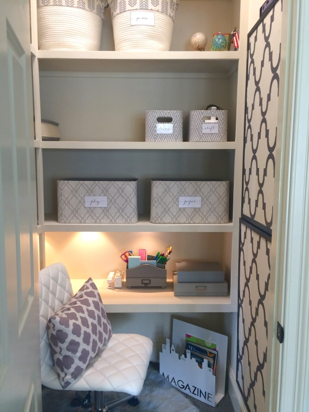 ORGANIZING - closet turned study station